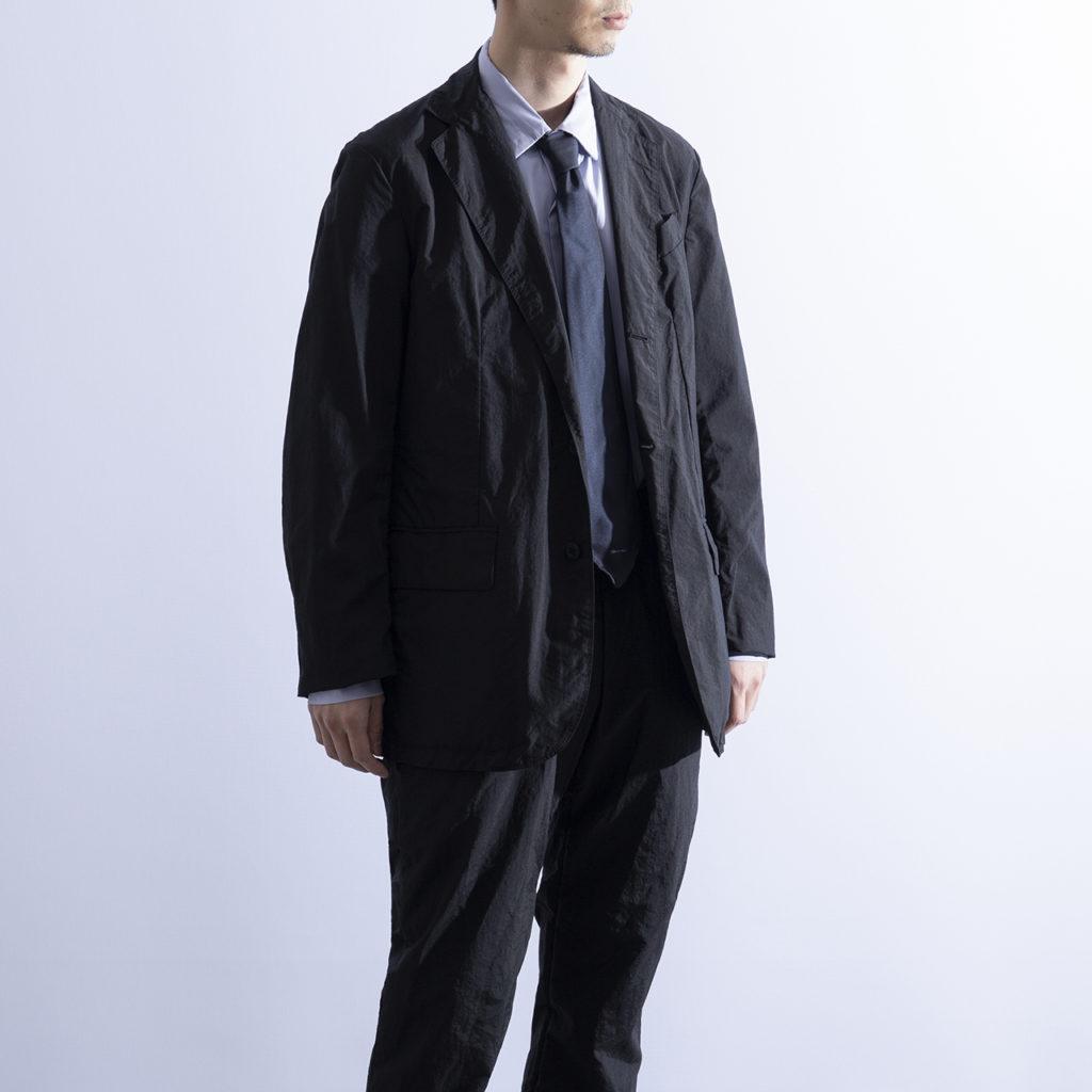 テレワーク テアトラ 服装 男性