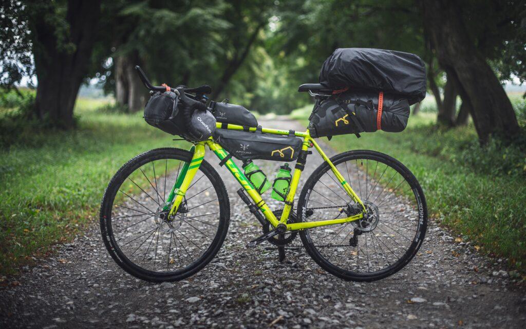 バイクパッキング、自転車キャンプ、キャンプツーリング