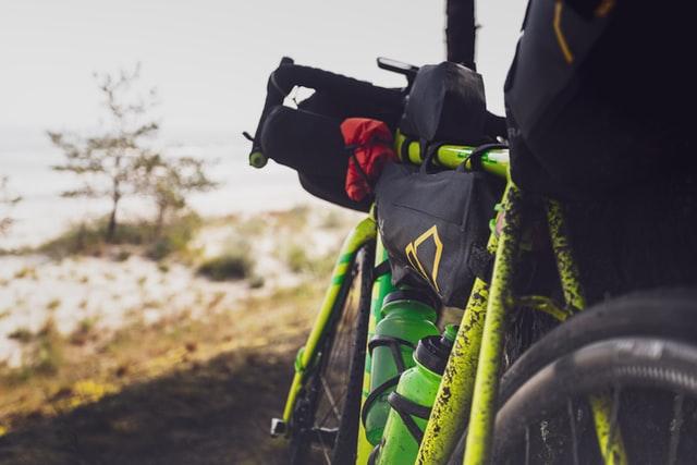 バイクパッキング、自転車キャンプ、必要装備 ギア