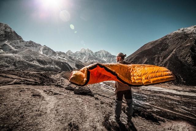 バイクパッキング、自転車キャンプ、キャンプツーリング 寝袋 シュラフ